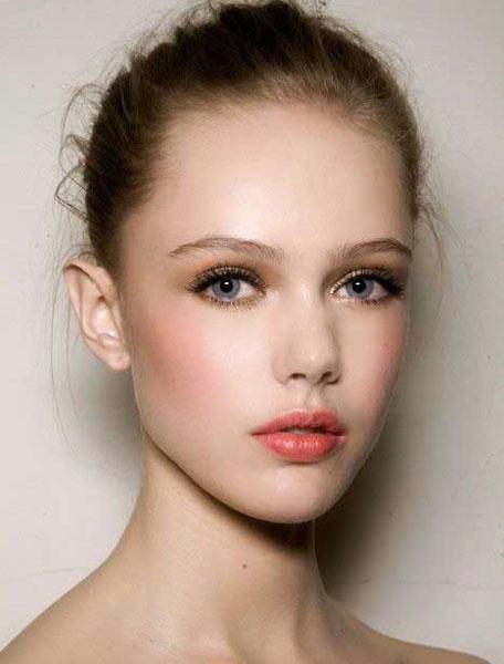 混血新娘般的深邃眼妝到底怎麼化?5個不容忽視的小關鍵