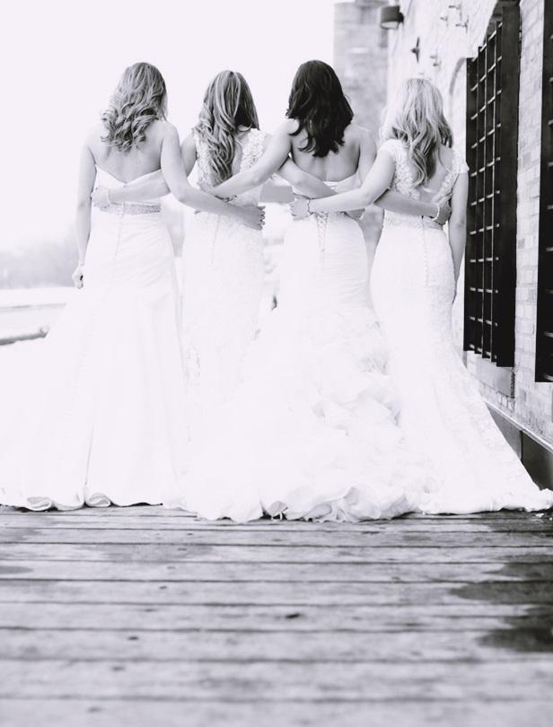 與自己的閨蜜姊妹一起拍創意婚紗!22張BFF婚紗特輯這樣拍