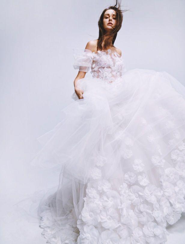 新娘子一生就要一件仙氣白紗!婚禮必備春夏婚紗款來了