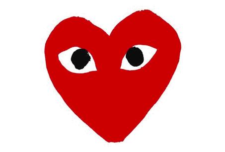 COMME des GARçONS「PLAY」系列的招牌愛心大眼娃Logo