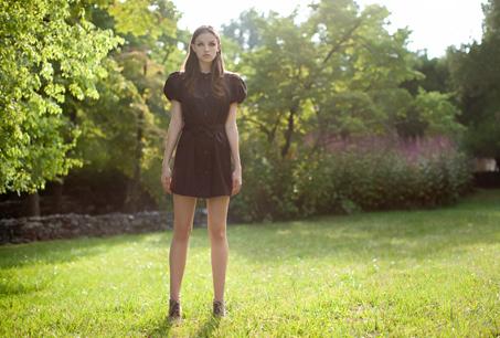 胡雅娟xPayEasy獨家款 緞面燈籠袖典雅洋裝外套