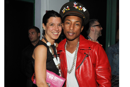 Dior 配件珠寶設計師Camille Miceli與Pharrell Williams。