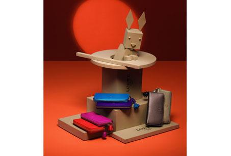 兔子與各色Napa拉鍊長夾。