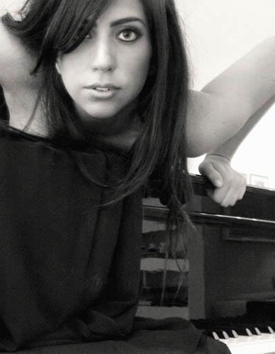Lady Gaga於19歲那年,經Malgorzata Saniewska所拍攝的第一組照片