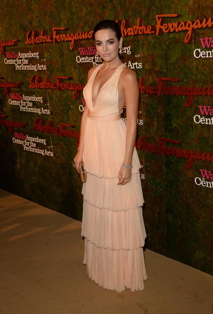 好萊塢女星卡蜜拉貝兒