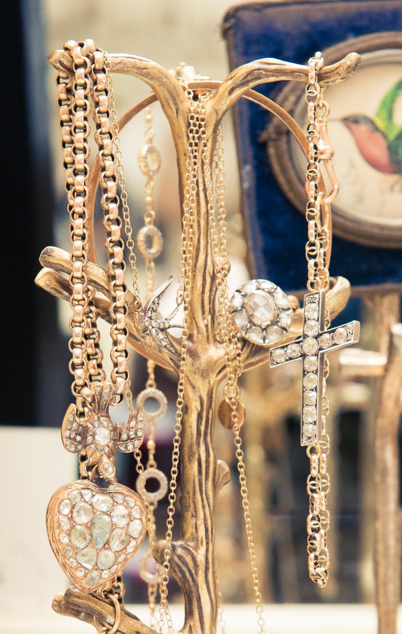 珠寶配件之於我。就像是香水之於女人般重要。Jewelry, Annina Vogel