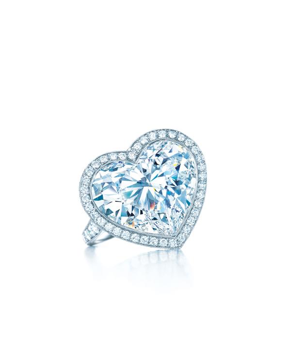 Tiffany 10.01克拉DIF心形切割鑽石戒指 NT$79,695,000
