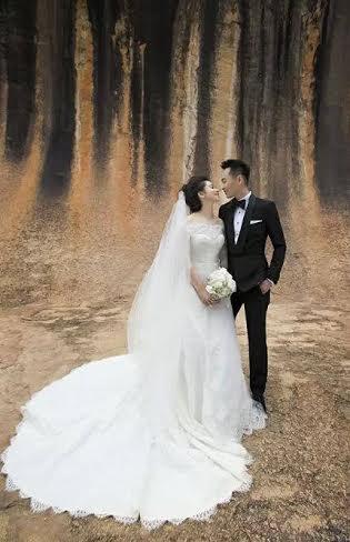 """老公加坡馬可波羅海業集團""""主席李雲峰帶Vivian徐若瑄去自己由13歲就開始求學及成長的第二故鄉澳洲,展開4日3夜的婚紗照拍攝旅程。"""