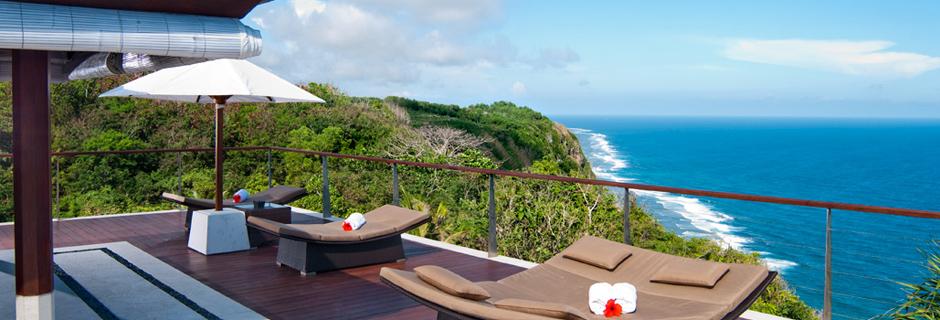 擁有360度無敵海景的The edge標榜悠閒情調、懸崖峭岸、壯麗景色。