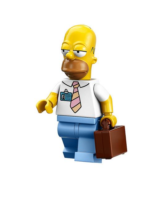 現在Lego又乘勝追擊,推出了16款動畫角色人偶。包括小丑Krusty、糊塗警長等配角也收錄於其中,頓時讓Lego版的春田鎮變得熱鬧非凡!