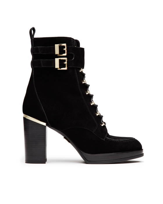 麂皮金釦裝飾高跟靴,Michael Kors。