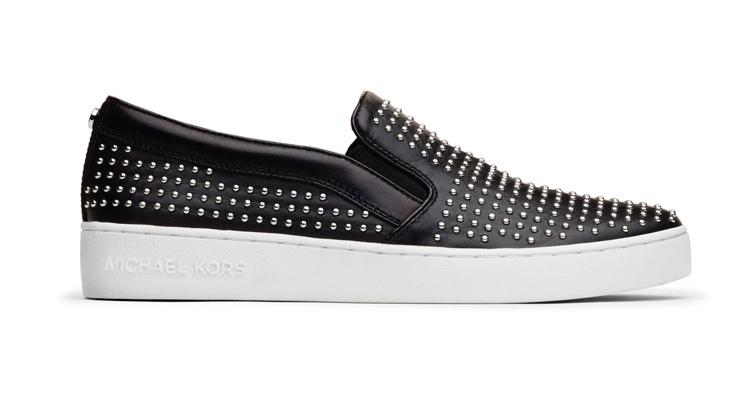 黑色皮質鉚釘膠底鞋,MICHAEL Michael Kors,價格未定。