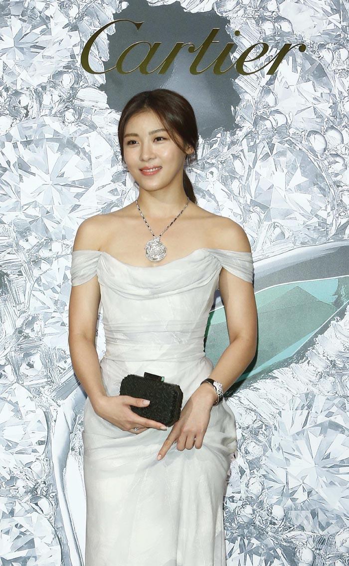 韓國女星河智苑_出席卡地亞Panthere de Cartier美洲豹系列一百週年珠寶展記者會