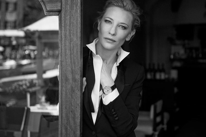 影后 Cate Blanchett 說-今年的《柏濤菲諾攝影秀》是一次美好的體驗。和彼得的合作總是非常愉快,身穿燕尾服也令人以一種不同的方式面對世界。