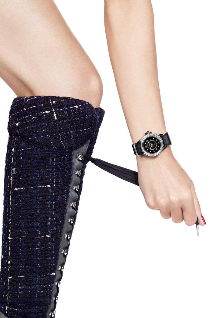 J12-G.10 黑色高科技精密陶瓷*錶殼