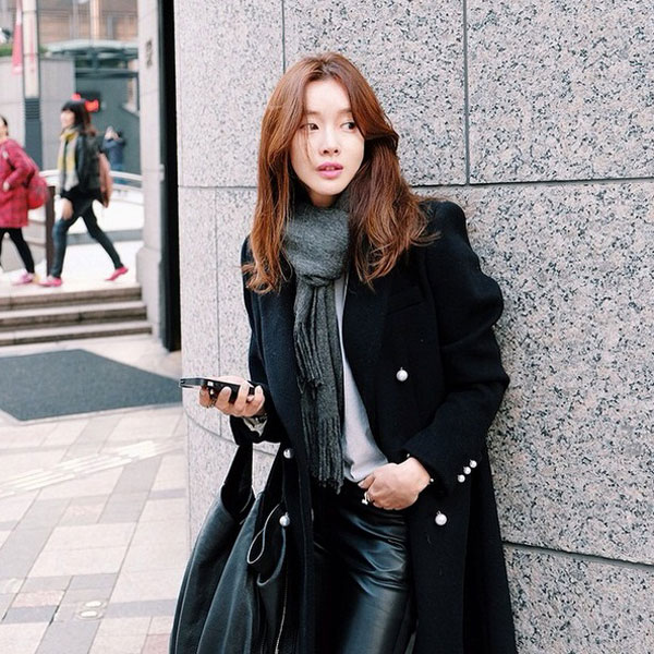 【韓國街頭直擊】韓妞冬天髮型新趨勢:空氣瀏海、中長微捲髮大勢!