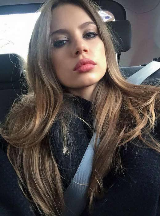 瑞士超模Xenia Tchoumitcheva