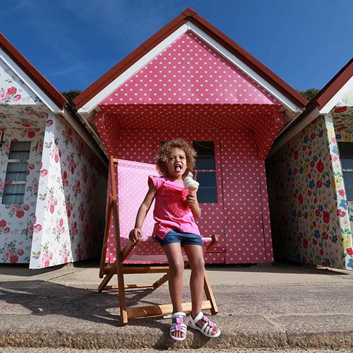 碎花控的天堂!Cath Kidston印花海濱小屋,浪漫可愛滿足你的少女心