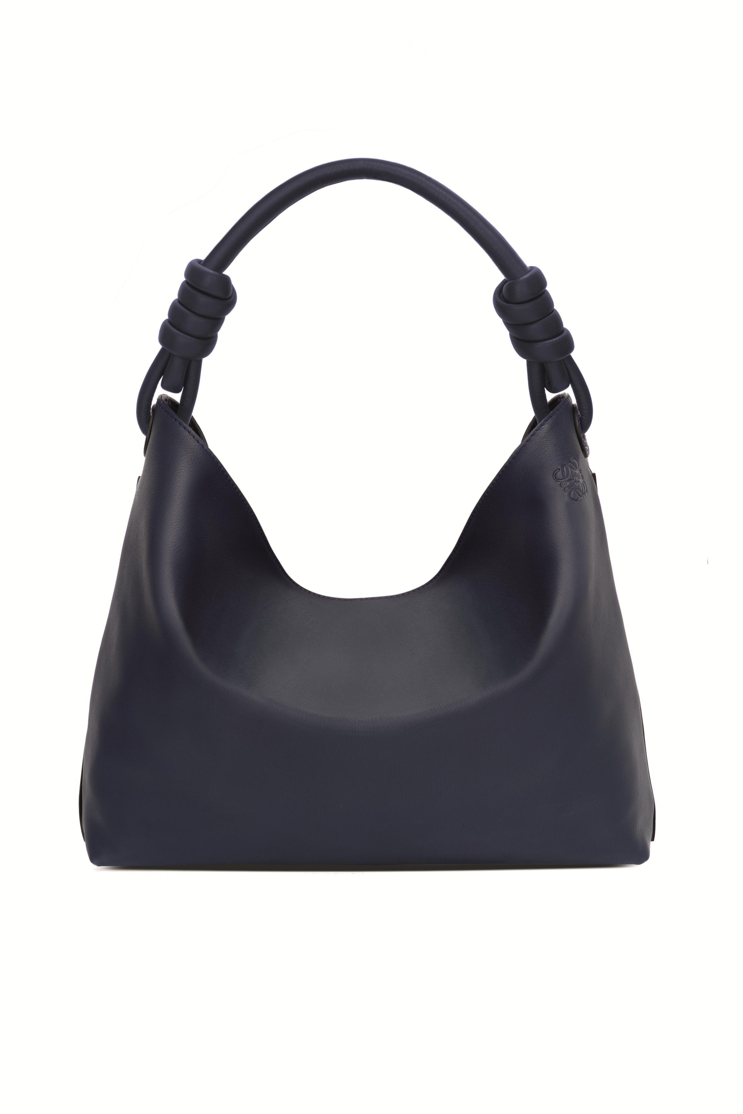 Flamenco Hobo海軍藍小型手袋 NT$65,000