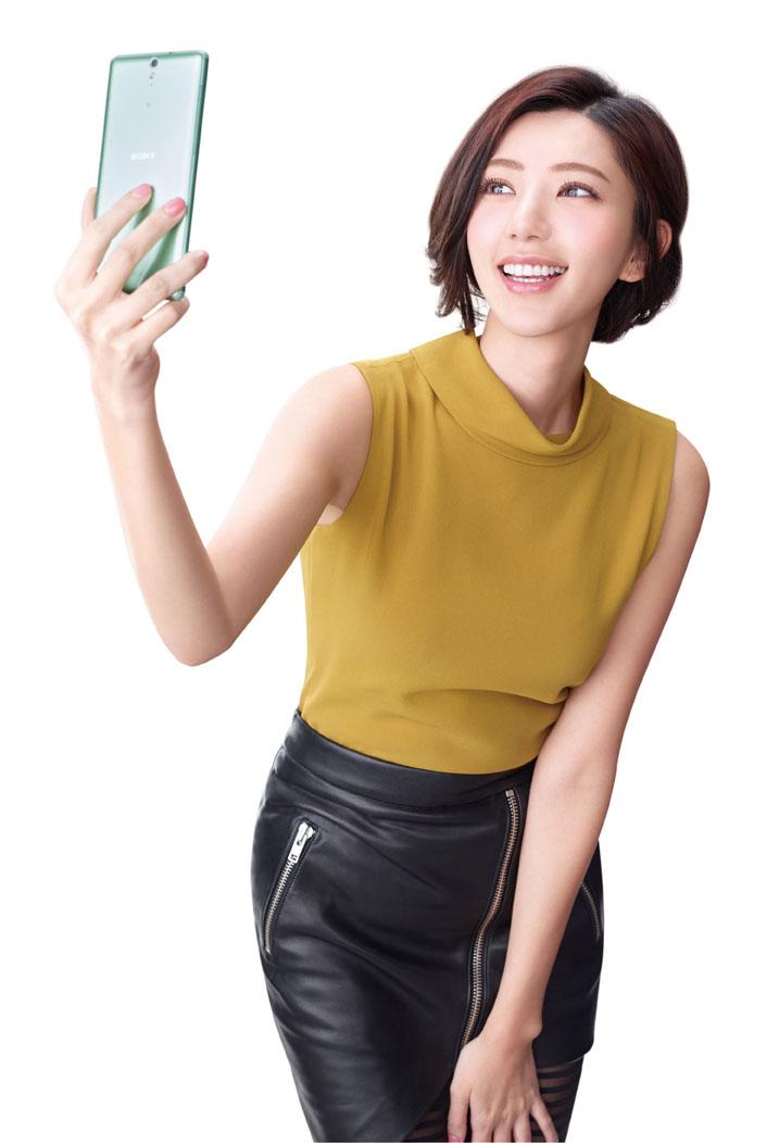 郭雪芙代言Sony Xperia C5 Ultra大大機