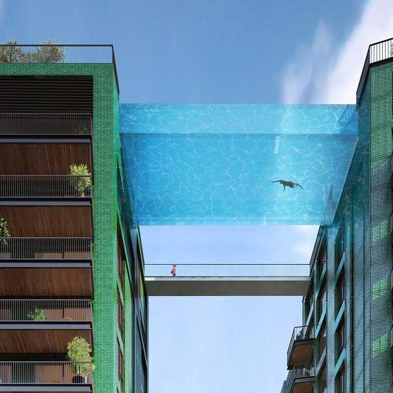 試膽還是享受?倫敦高空游泳去