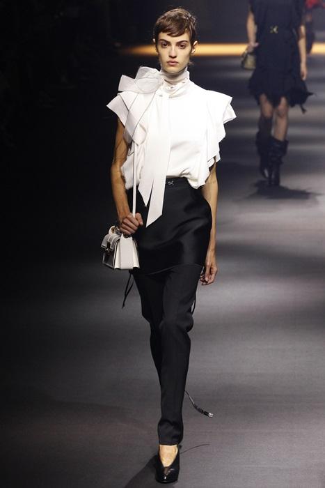 時尚觀察家MR.布雷蕭:2016巴黎時裝周設計師們古典又浪漫還帶點科技感