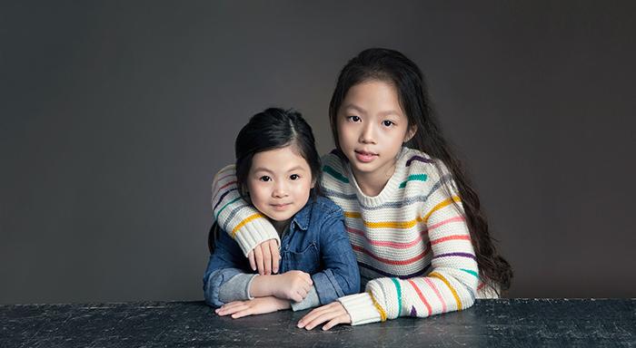 """Let's Gap Together""系列廣告_Kyra&Mina"