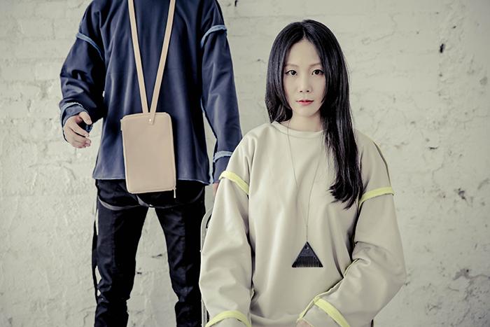Linda Huang無性別計畫_全皮手肩包 (牛皮原色) $2280