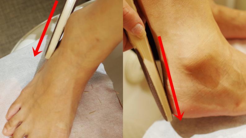利用高係數磨板(請選最細的磨板)磨後腳跟與腳側(如圖) 。注