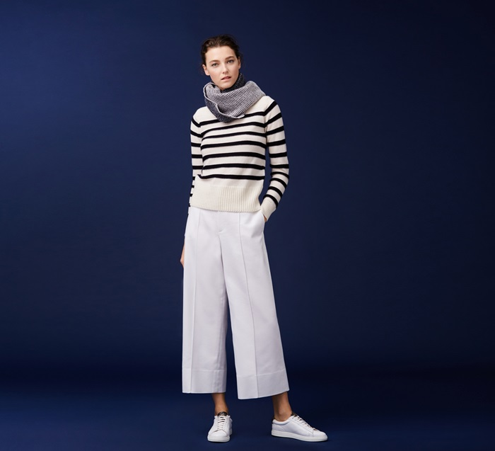 Club Monaco條紋針織衫 $12,900, Club Monaco 白色寬版九分褲 $8,900