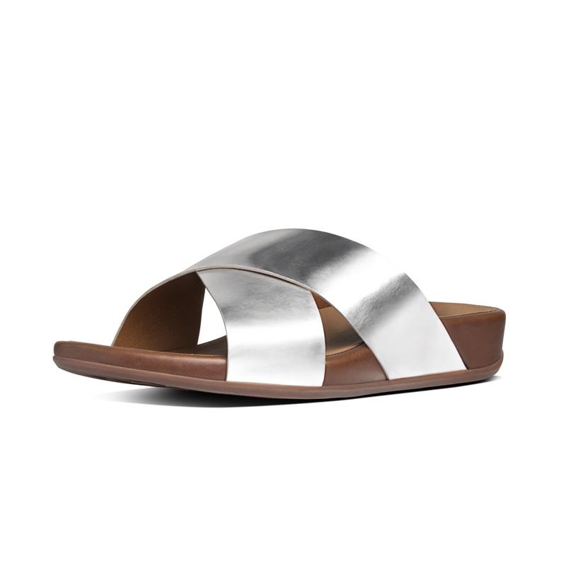 AIX™ SLIDE 交叉雙帶涼鞋 銀色 建議售價5,650元
