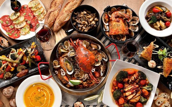 Jorge Garcia更特別設計一款主廚套餐,內容包含四道Tapas、一道湯、二道主菜、二道甜點,共九道料理,而且每天只供應10客,限量的美味相信大家都明白吧!