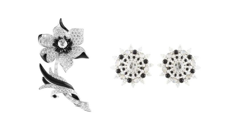 HELLEBORE 胸針白K金,鑽石與黑瑪腦。MANHATTAN FLOWERS耳環白K金,鑽石,黑瑪腦,月光石。