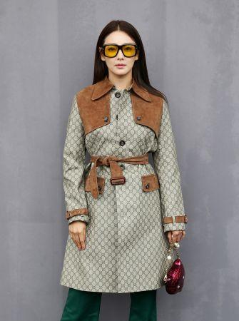 張雨綺配戴GUCCI 琥珀色墨鏡出席米蘭秋冬時裝周