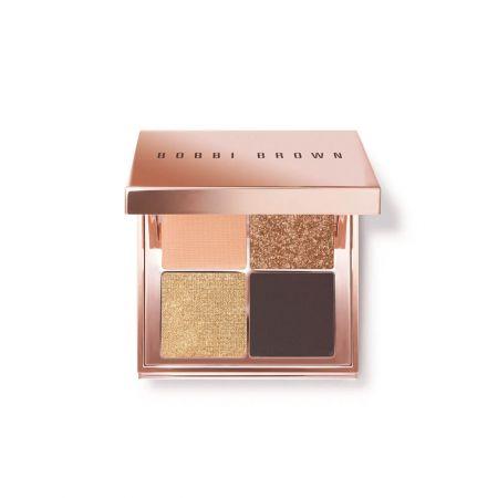 金燦輕吻沙灘眼彩盤 6.2g/NT$1800能打造出各種簡單、日常妝容的必備彩盤,這些美麗的四格眼影盤能隨身攜帶,並以奢華的玫瑰金打造外盒包裝,每一個彩盤中各有溫暖的古銅色、金色、粉紅色和裸色,能打造出低調或性感的眼妝,就好像在海邊放鬆一樣簡單。