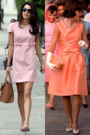 粉色蝴蝶結洋裝(2014;1962)賈桂琳當年穿上的蝴蝶結洋裝造型, 到了現代, Amal拿掉珍珠項鍊和手套, 選擇腰間兩個蝴蝶結的裝飾顯得俏皮極了