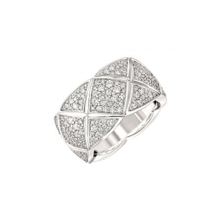 """"""" COCO CRUSH """"戒指_中型款 (新品)18K白金鑲嵌330顆總重約1.9克拉明亮式切割鑽石。建議售價NTD 557,000元"""