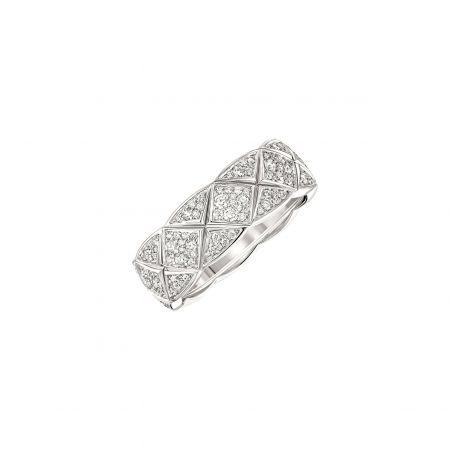 """""""COCO CRUSH """"戒指_小型款 (新品)18K白金鑲嵌231顆明亮式切割鑽石。建議售價NTD 315,000元"""