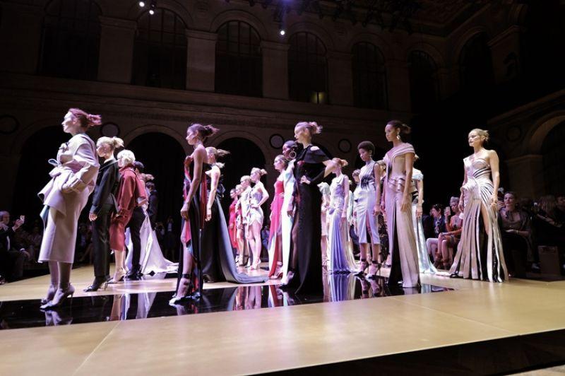 Atelier Versace Fall 2016