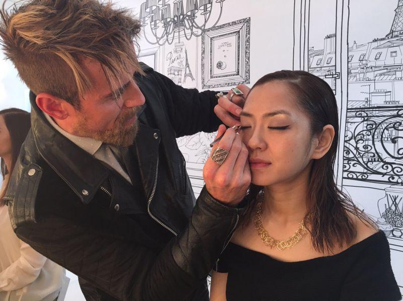 Lancome名人彩妝師Darais曾為楊千霈化妝。