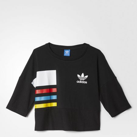 adidas Originals黑色短版上衣$1,890