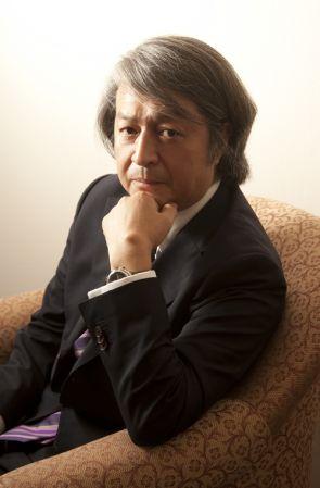 Mikimoto首席設計師佐藤佳男:「珠寶是一個很微小的世界,看似很細微,但卻是需要品味及美感做為基礎。這是我對珠寶世界的認知及熱情的來源。」