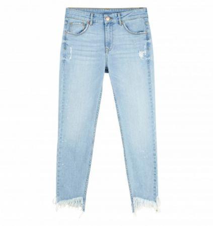 推薦二:刷破抽鬚牛仔褲,褲管不收邊處理,帶點頹廢氣息。