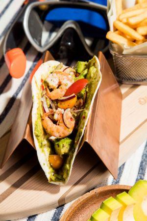 Outing Café & Bar鮮蝦酪梨地中海夾餅_NT350