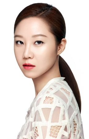 上市後在韓國造成熱賣旋風的CLIO光感無瑕氣墊粉餅,在台灣正式開賣,終於讓想擁有像孝真歐逆美膚狀態的愛美女生可以開心入手!