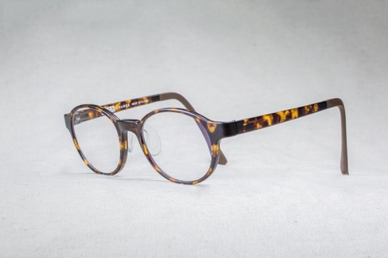 XLTt時尚機能眼鏡liv款_NT$3800
