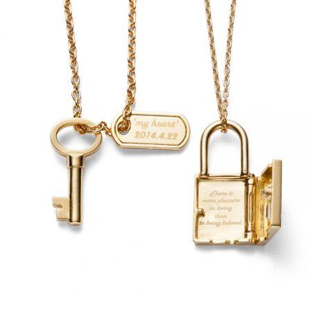 TASAKI lock my heart 情人限定對鍊提供客製化刻字服務