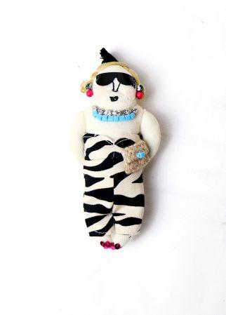 MUVEILViolet斑馬紋洋裝小娃,(小娃)7,180/(吊飾)5,580