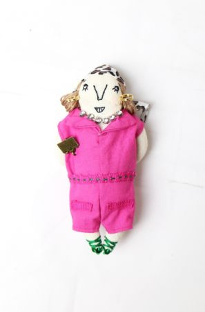MUVEILRose桃紅洋裝小娃,(小娃)7,180/(吊飾)5,580