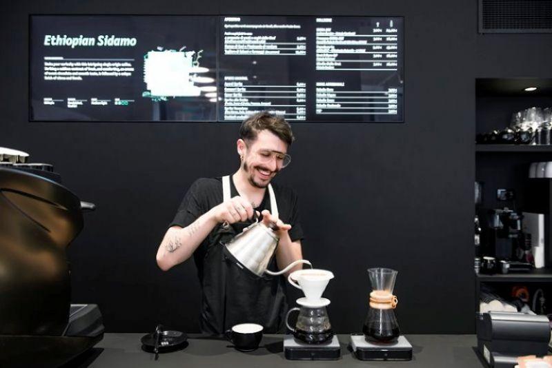 手沖系列選自米蘭烘培咖啡室 Seven Grams,提供3款單一產地及1款特製供選擇。